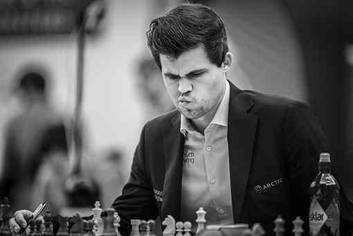 Le champion du monde d'échecs Magnus Carlsen a eu une première journée difficile avec 3,5 sur 5 - Photo © Anastasiya Karlovich