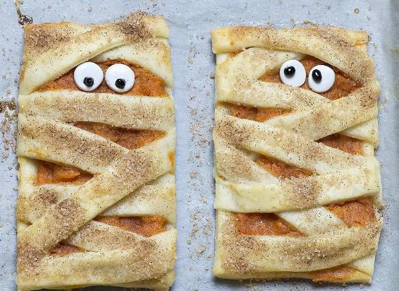 Mummy Pumpkin Cookies #desserts #cakes #easy #recipes #cookies