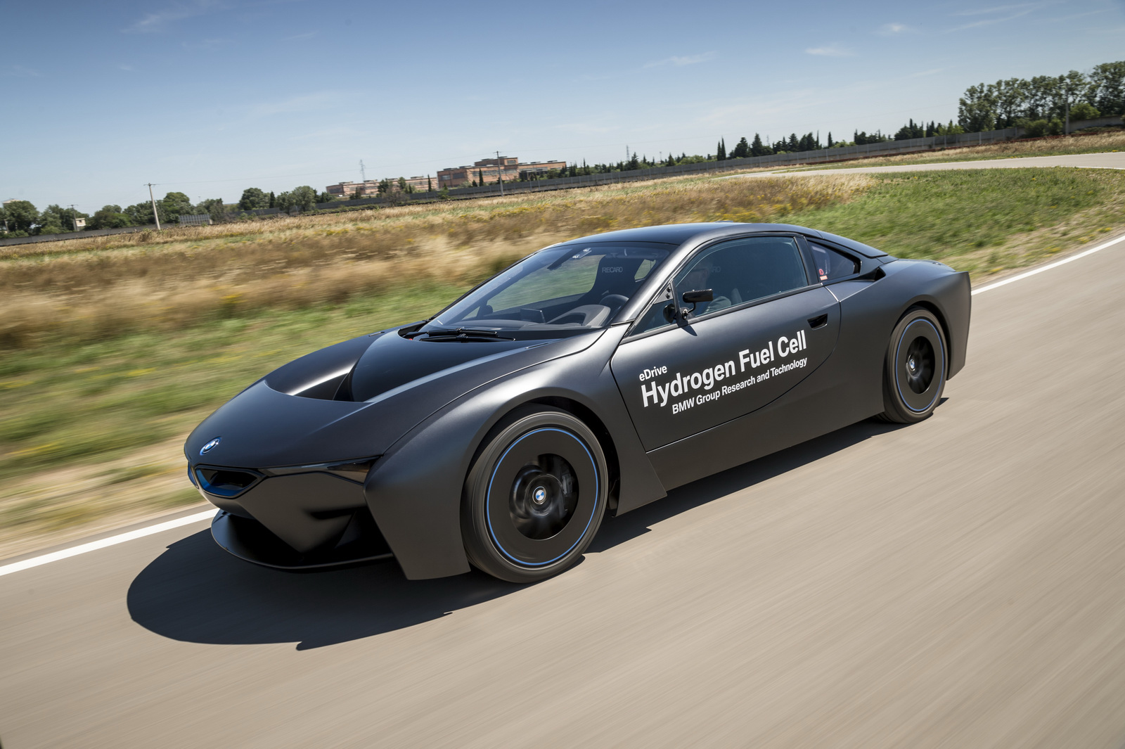 """market penetration bmw Speaking at the 26th aachen colloquium automobile and engine technology, frohlich said that """"bmw will enter the fuel cell market early in the next decade, starting with very small production."""