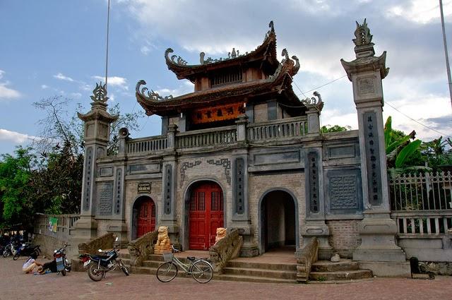 Bac Ha Temple 1