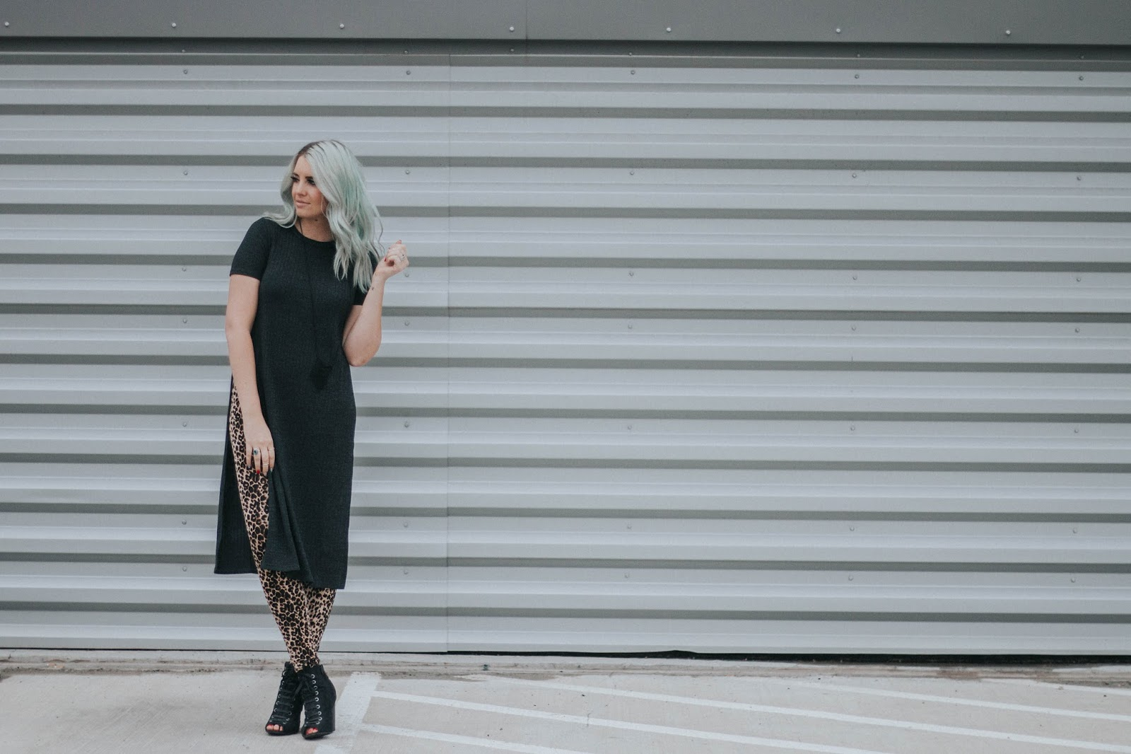 Utah Fashion Blogger, Leopard Leggings, Side Splits Dress