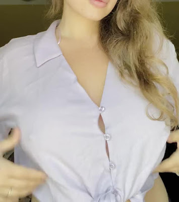 Hot woman reveals her great boobs