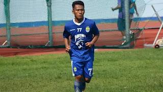 Ghozali Siregar Pastikan Tetap Bela Persib di Liga 1 2019