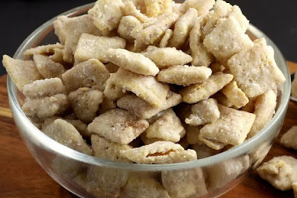 Snickerdoodle Puppy Chow Snack Mix