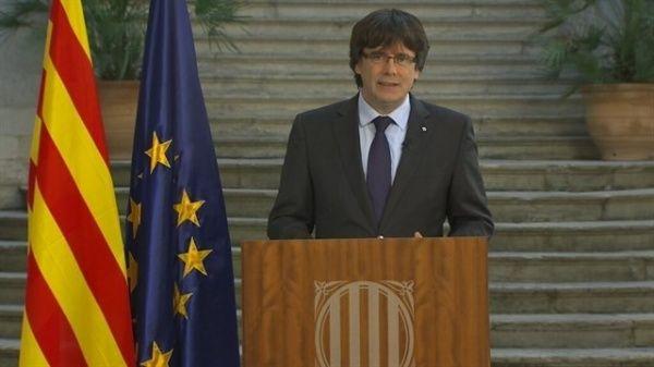 Puigdemont pide defender la independencia tras activación del artículo 155