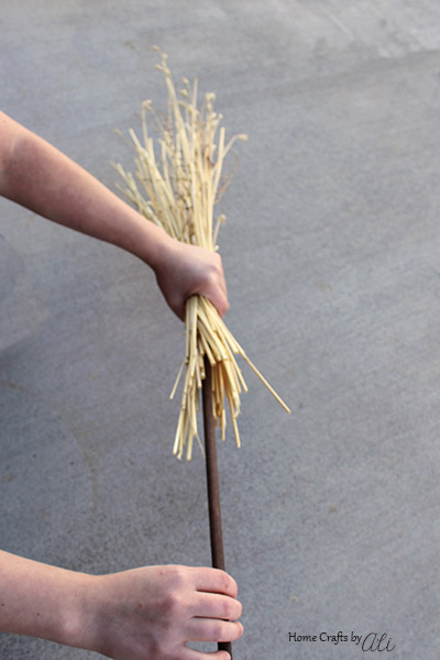 Follow this easy 3-step tutorial to make broomstick decorations