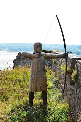 How to shoot a longbow
