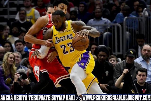 La Lakers Menang Dramatis Di Kandang Chicago Bulls