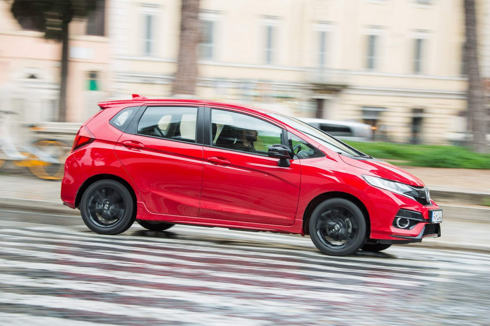 Honda Jazz (Fit) 2018 tem novo motor e facelift - Europa