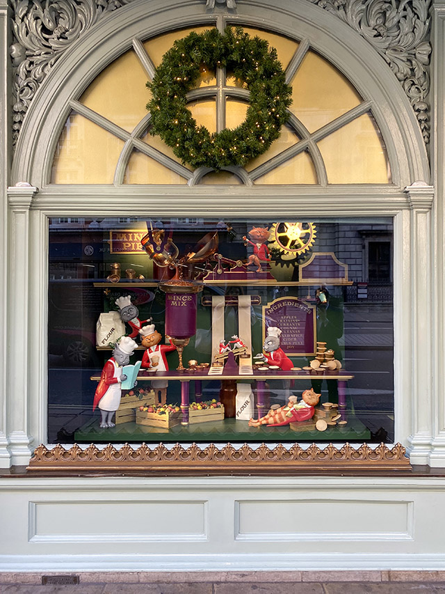 St James's Christmas London Fortnum Mason
