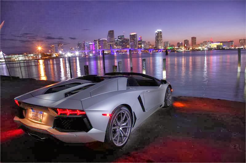 passion for luxury 2014 lamborghini aventador roadster. Black Bedroom Furniture Sets. Home Design Ideas
