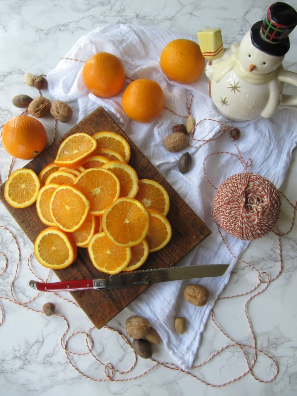 Sliced-oranges-for-dried-oranges-christmas