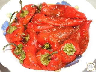 Salata de ardei capia copti cu otet si usturoi reteta,