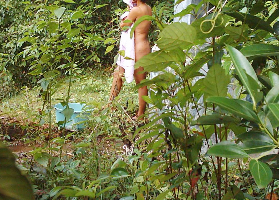 Porno indian jungle women bathing nude lady like look