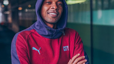 Jarang Main, Ini Pujian Manajer Manchester City Pep Guardiola buat Fernandinho