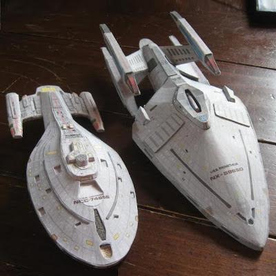 Star Trek Model Voyager 27