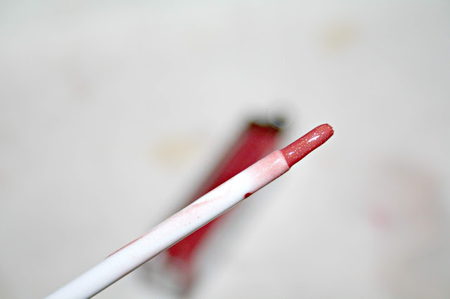 New CID Cosmetics i-Gloss applicator