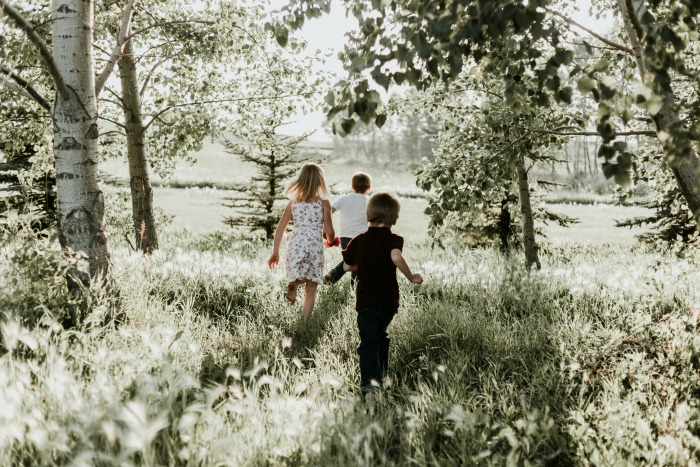 Raising Happy, Healthy & Well-Rounded Children