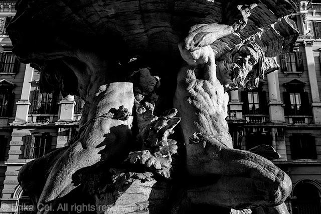 Fontana dei Tritoni, Trieste