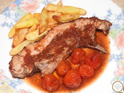 Friptura de porc cu sos de rosii la cuptor reteta,