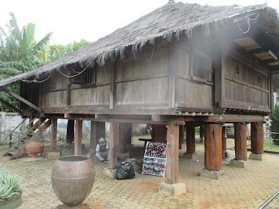 Rumah Adat Lampung
