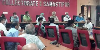 dm-samastipur-take-health-meeting