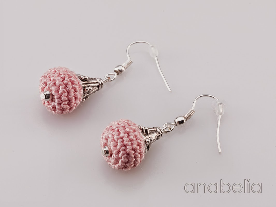 crochet-pink-earrings-Anabelia