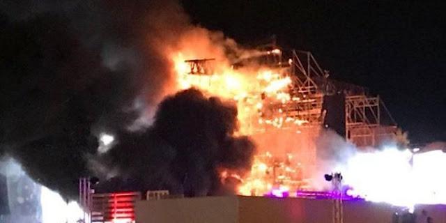Panggung Utama di Festival Tomorrowland Unite Terbakar