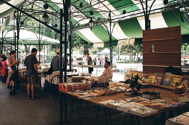 Compras nas feiras de antiguidade em Valparaíso