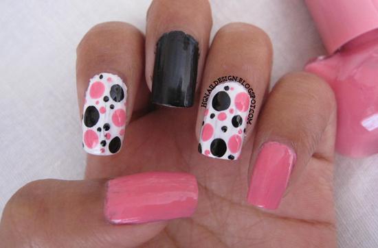 http://hgnaildesign.blogspot.com/2014/09/31dc2014-day-11style-polka-dots.html