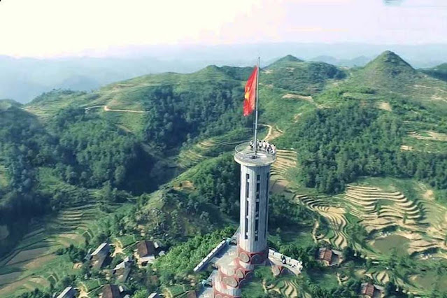 Chinh phục cột cờ Lũng Cú Hà Giang