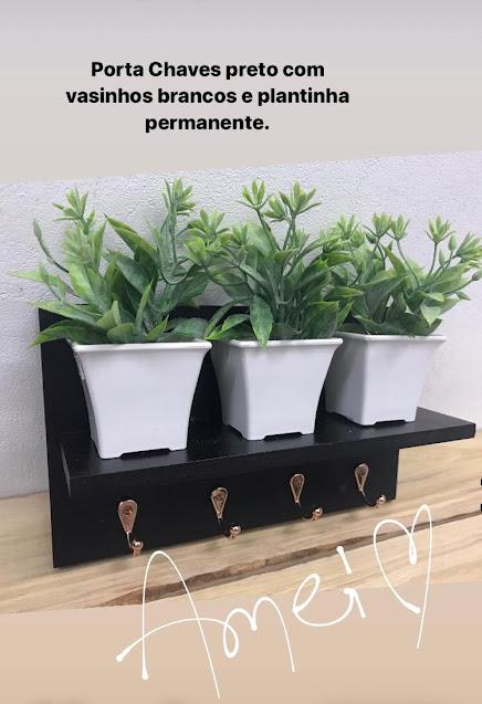 Porta Chaves Mini Prateleira com Plantinhas