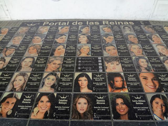 Portal de las Reinas