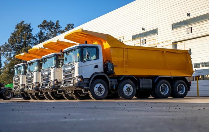 Mineração argentina adquire 22 caminhões Scania XT Heavy Tipper