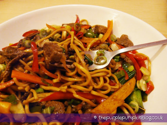 Chilli Beef with Noodles - Under 400 Calories Recipe