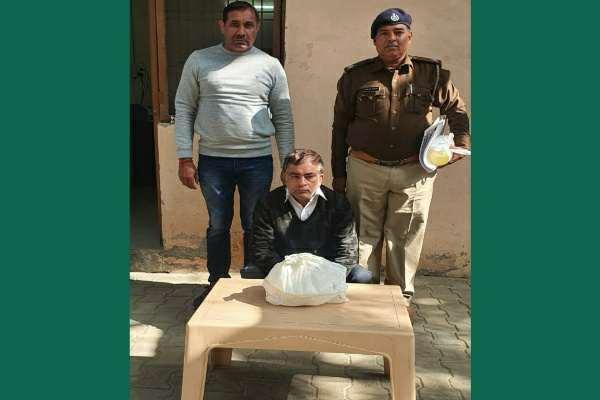 faridabad-crime-branch-sector-17-arrested-ganja-taskar
