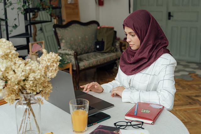 Peran dan Manfaat Buku Islam dalam Kehidupan Sehari-Hari