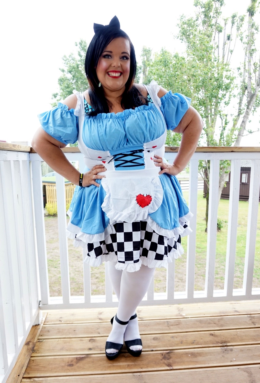 Miss Naomi Of Wonderland Plus Size Fancy Dress Diamonds Pearls