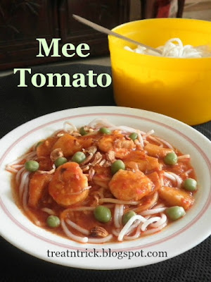 Mee Tomato (Noodles in Tomato Gravy) @ treatntrick.blogspot.com