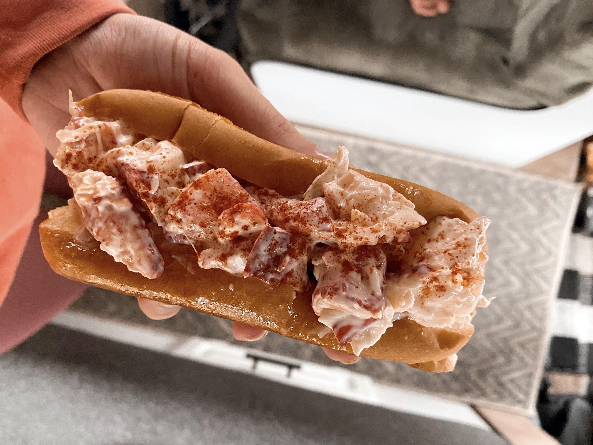 Lobster Roll | biblio-style.com