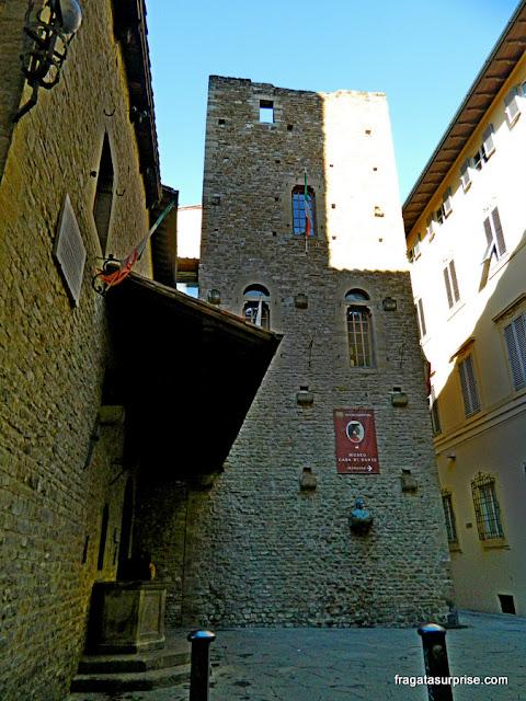 Casa de Dante e a Igreja de Santa Margherita dei Cerchi, em Florença