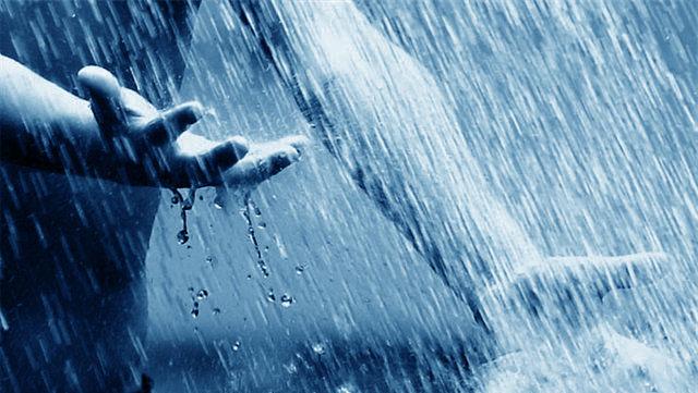 Manfaat-hebat-hujan-hujanan-bagi-yang-stress_001.jpg