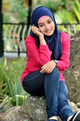 Style Hijab Trendi Untuk Kuliah