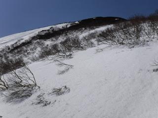 高田大岳の山頂方向。