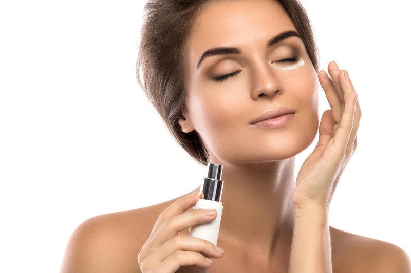 Será que você realmente não tem tempo para cuidar da sua pele? Desde que surgiram no mercado ocidental as tendências de skincare asiáticas, muitas pessoas se viram desestimuladas a seguir 10 passos para cuidar da pele.