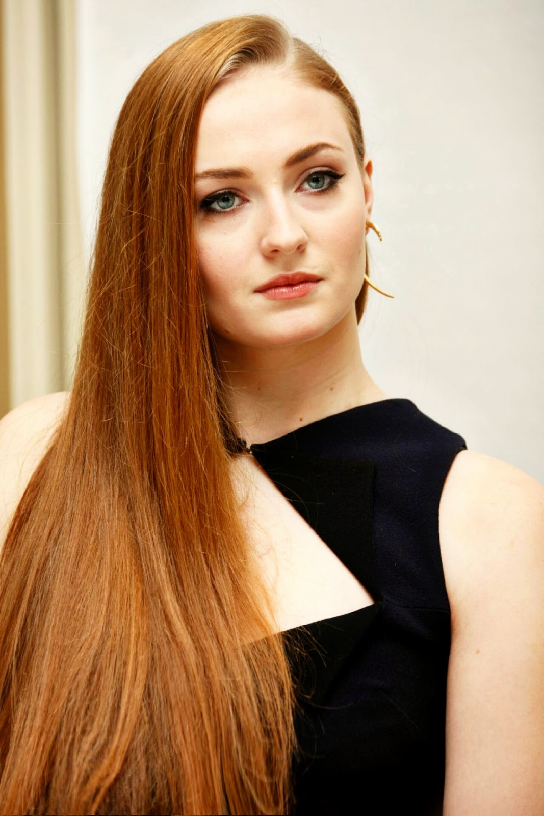 Sophie Turner Hot pics