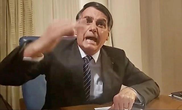 O presidente Jair Bolsonaro negou nesta noite qualquer envolvimento na morte da vereadora Marielle Franco e criticou a TV Globo pela matéria veiculada mais cedo, no Jornal Nacional, ligando seu nome ao caso.