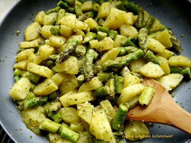 Sałatka ziemniaczana ze szparagami - Czytaj więcej »