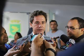 Veneziano diz que não vai impor nada a Nilvan, mas decisão da maioria será respeitada