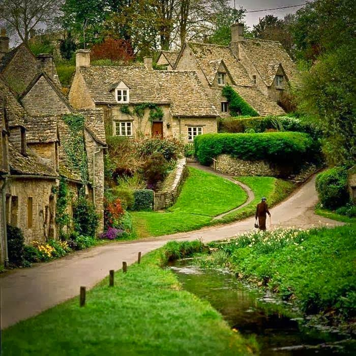 4. Bibury, Gloucestershire, England - 29 Most Romantic Alleys to Hike